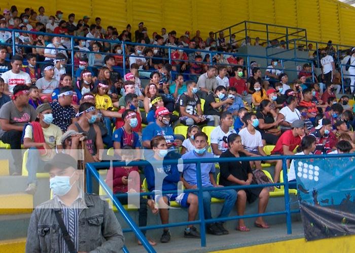 nicaragua, managua, polideportivo espana, futbol, real madrid, barcelona, fanaticada,