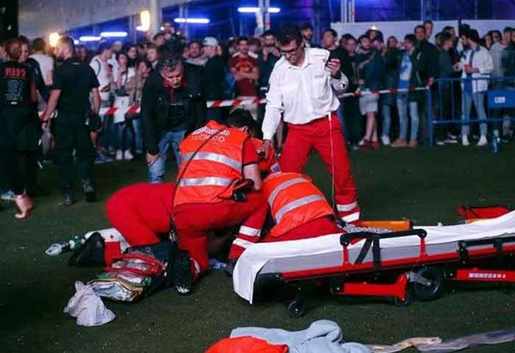 Un acróbata muere tras caer desde 28 metros de altura — Escalofriante video