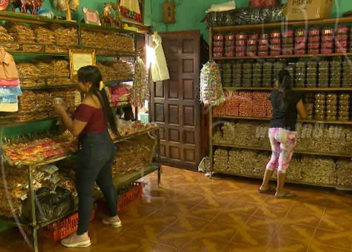 nicaragua, taller de dulces, juguetes, masaya,
