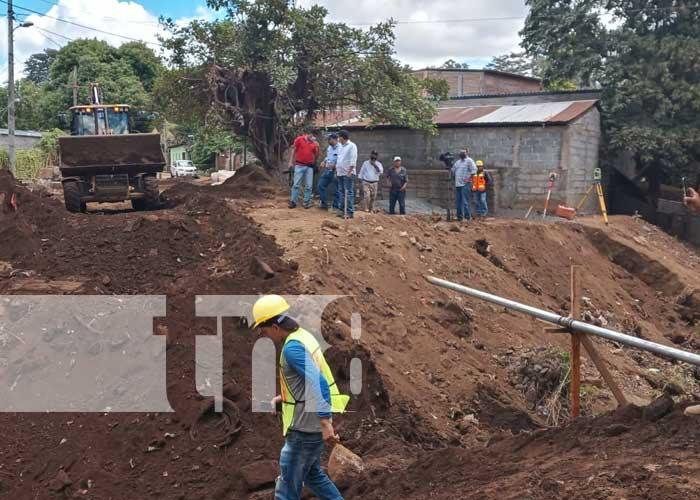 nicaragua, managua, calles, memorial sandino, barrio, proyecto,