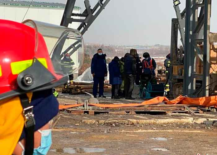 22 obreros bajo escombros tras explosión de mina — China