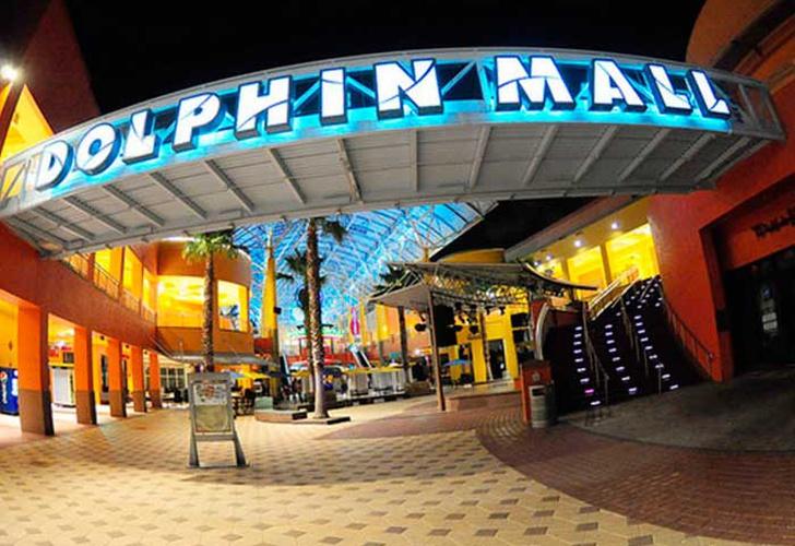 Reportan tiroteo en centro comercial Dolphin Mall — Miami
