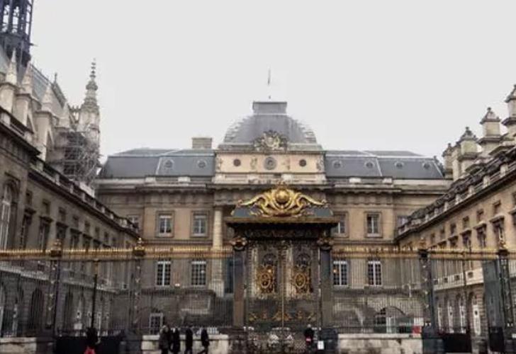 Justicia de Francia cuestionada por casos de violación a menores