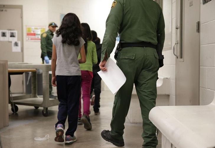 Freno a la deportación exprés de migrantes en EEUU