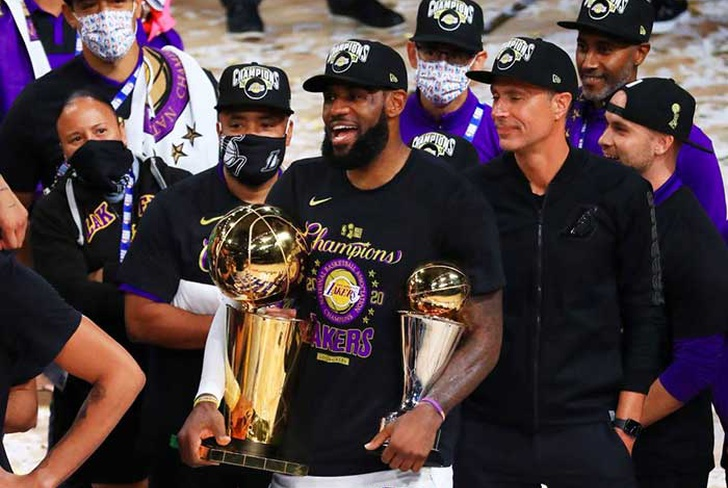 lebron, james, contrato, extension, dos, años, millones, lakers, paul, nba,