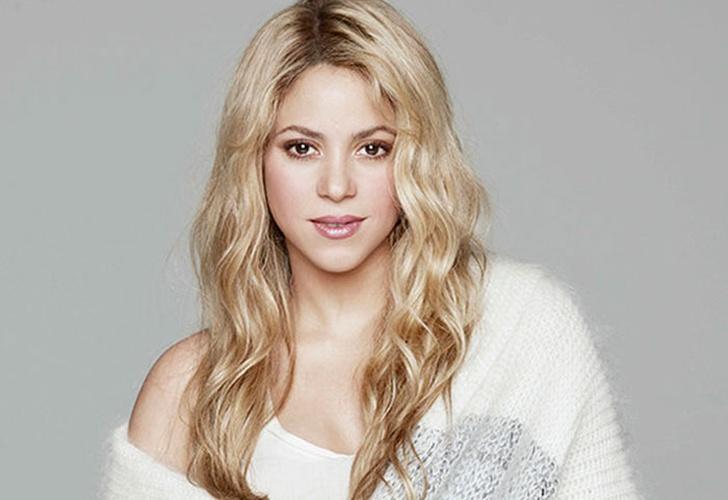 Shakira sorprende a sus fans con concierto de madrugada en Miami