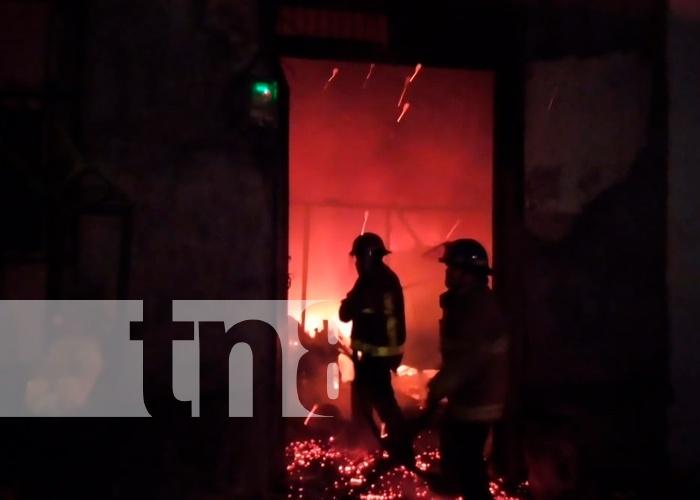 nicaragua, leon, incendio, perdidas materiales, bomberos ,