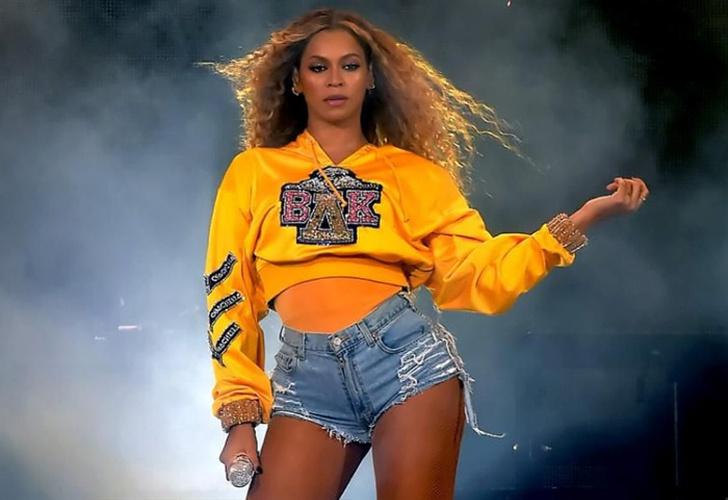 Esmalte de uñas de Beyoncé en Coachella causa controversia
