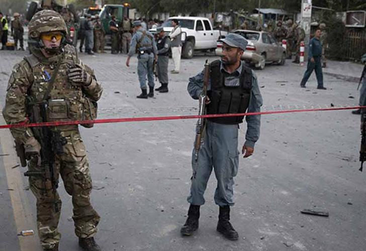 Terroristas atacaron un convoy de la OTAN en Afganistán