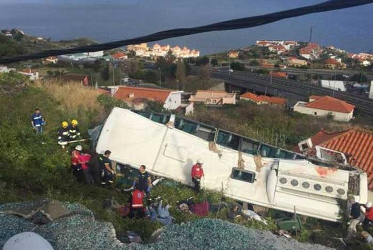 portugal, accidente de transito, vuelco, autobus, 28 muertos, isla de madeira,