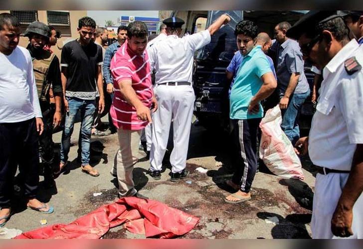 Dos turistas mueren apuñaladas en ataque a resort en Egipto