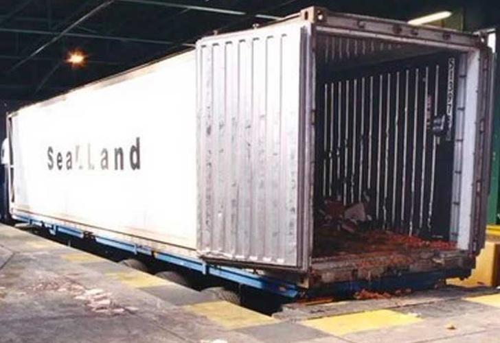 Hallan a más de 60 migrantes muertos en un camión en Mozambique