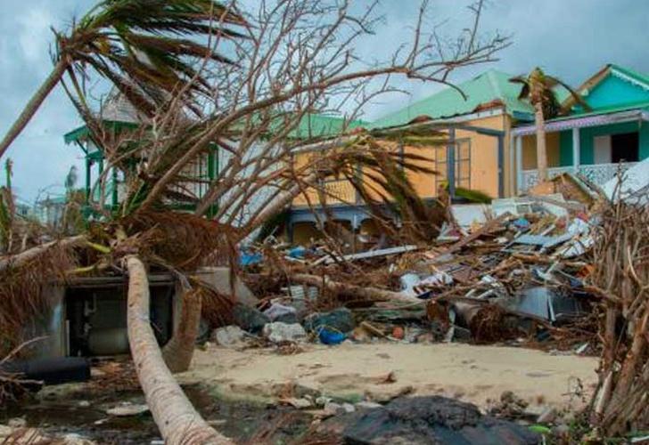 María deja más de 70 localidades incomunicadas en República Dominicana