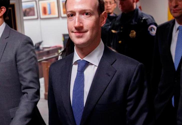 Mark Zuckerberg comparece ante el Congreso de EU tras escándalo de Facebook