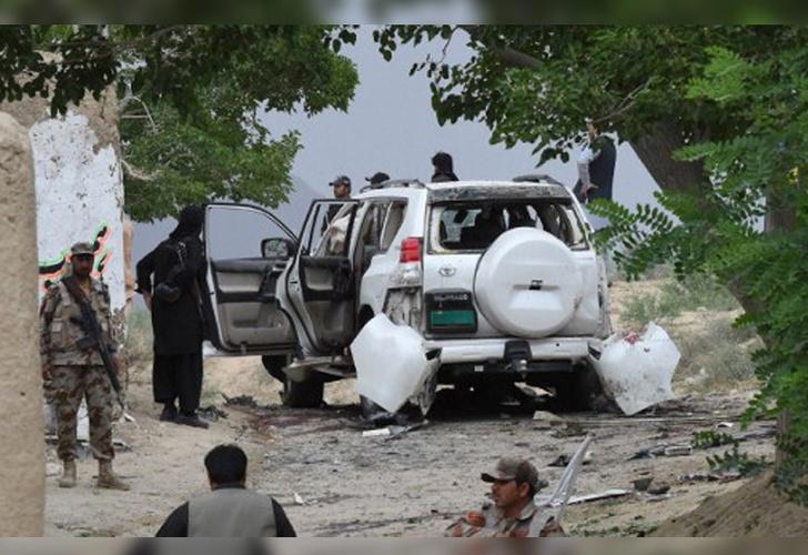 25 muertos en atentado contra senador de Pakistán