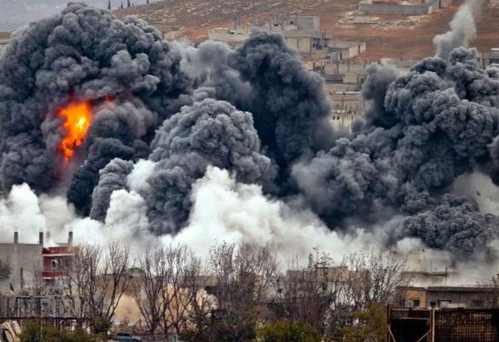Ataca Siria con alrededor de 50 misiles