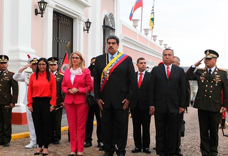 Trafigura dejará de comercializar petróleo con Venezuela: fuente