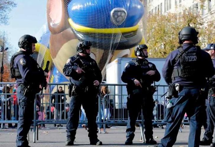 Desfile de Acción de Gracias recorre calles de NY