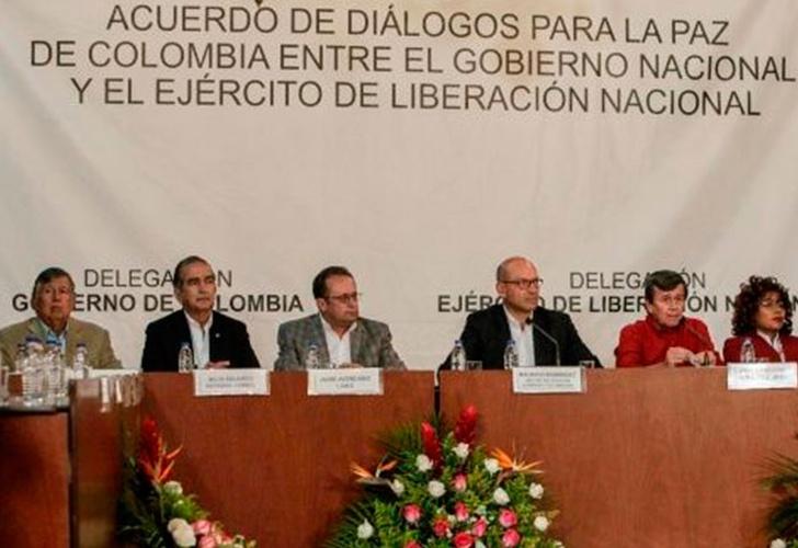 La Habana recibe a las guerrillas colombianas