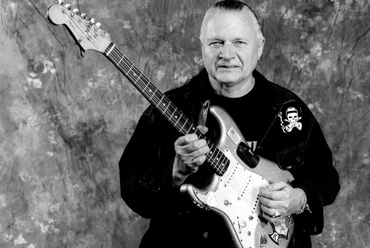 muere, 81 años, dick dale, guitarra surfera, surf, pulp fiction,