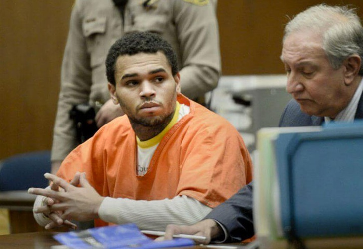 paris, chris brown, audiencia, violacion, estudiante,