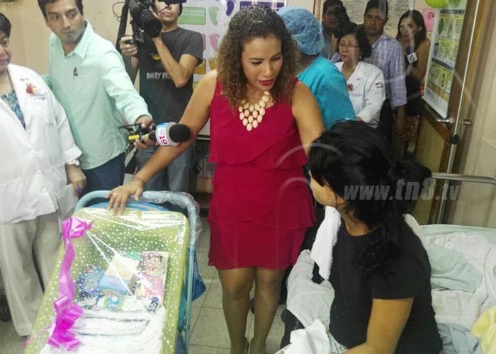 nicaragua, dia de las madres, hospital, aleman nicaraguense, celebracion,