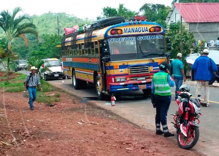 nicaragua, nueva guinea, transporte publico
