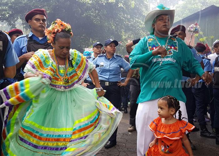 nicaragua, managua, santo domingo de guzman, tradicion, devocion,