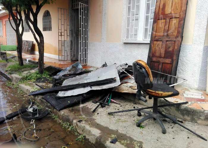 Incendio devora segunda planta de vivienda en rivas - Electrodomesticos rivas ...
