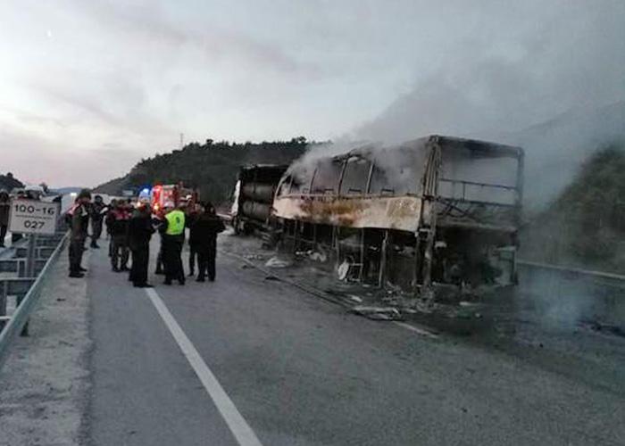 Un camión se estrella contra un autobús en Turquía