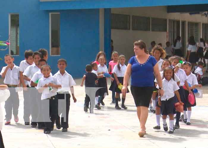 nicaragua, managua, teleclases, canal 6, estudiantes, mined, aprendizajes,