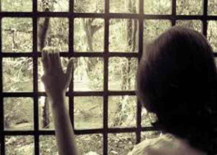 argentina, pareja detenida, abuso sexual, niña,