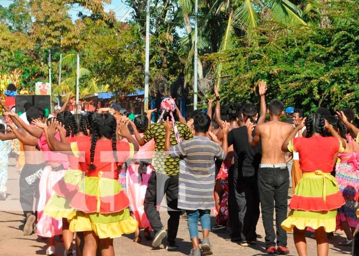 nicaragua, bilwi, mes de mayo, tradicion, celebracion