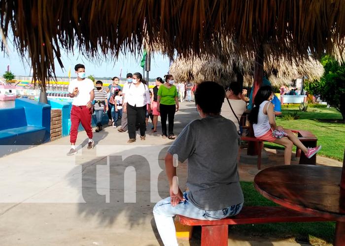 nicaragua, managua, puerto salvador allende, familias,