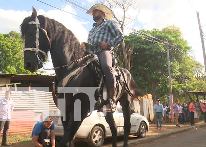 nicaragua, ticuantepe, Virgen de La Cruz, hipica,