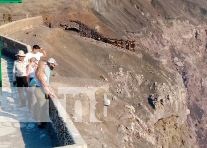 nicaragua, masaya, volcan masaya, familias,