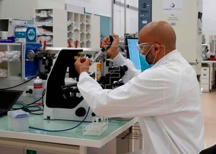 salud, covid, sanofi, vacunas, ensayos clinicos