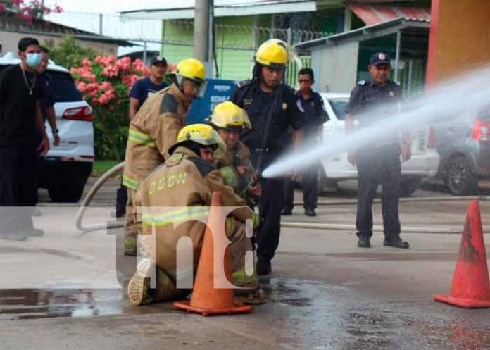 nicaragua, bomberos, caribe sur, capacitacion, mejor atencion,