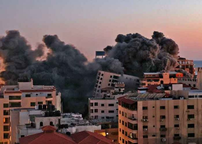 gaza, colapso, edificio, videos, redes sociales, ataque aereo,