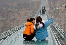 China, puente de vidrio, turista, vientos,