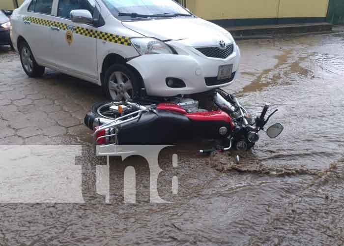 nicaragua, accidente, taxi, jalapa, adolescente,