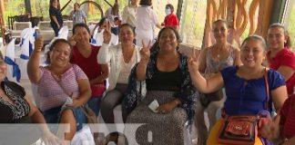 nicaragua, feria, emprendedoras, mujeres, madres,