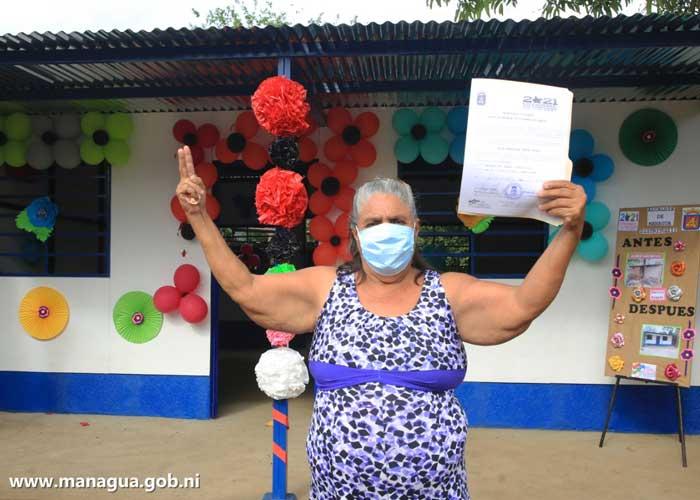 nicaragua, managua, vivienda digna, barrio ayapal, madres,