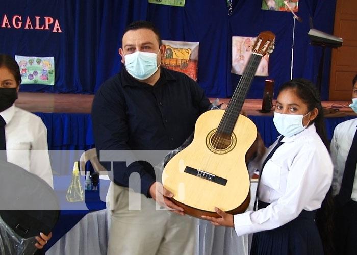 nicaragua, matagalpa, escuela normal, instrumentos,