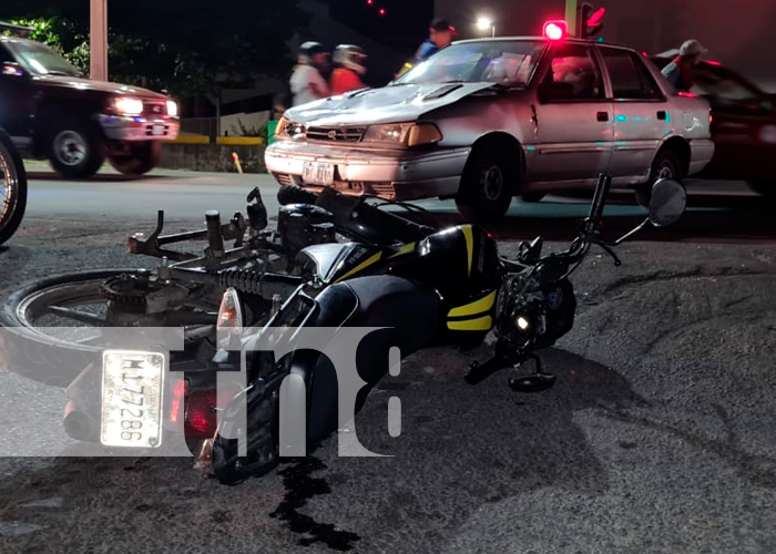 nicaragua, managua, accidente de tránsito, dos personas lesionadas,