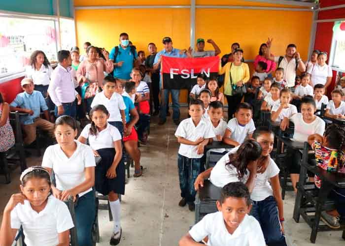 nicaragua, educacion, prinzapoka, aulas prefabricadas, costa caribe,
