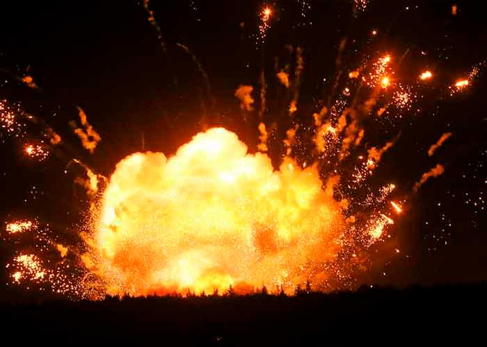serbia, explosion, fabrica de municiones,