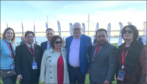 Cónsul Honorario,Nicaragua, Petersburgo, Director,