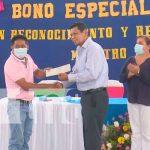 nicaragua, managua, colegios publicos, reconocimientos, maestros, dia,
