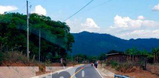Nicaragua, Nueva Segovia, carretera adoquinada , gobierno,